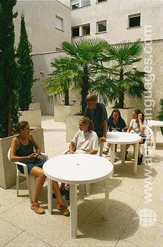 Studenten in de residentie van de school