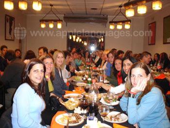 Studenten en docenten uit eten