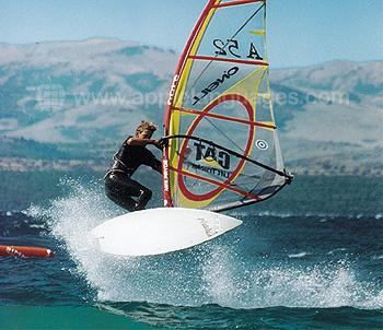Windsurfen op nabijgelegen meer