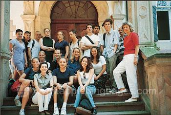 Studenten buiten de school