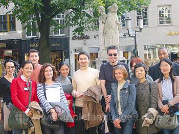 Studenten tijdens een rondleiding door Munster