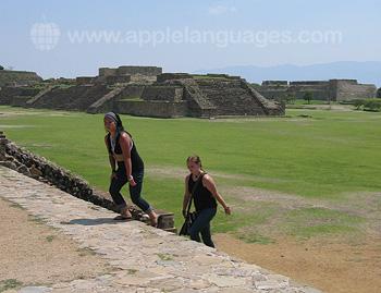 Verkennen van het nabijgelegen Zapoteca