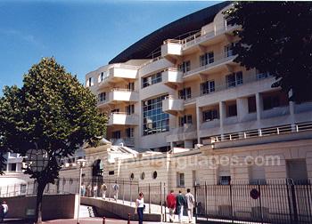 De residentie en de school, Parijs