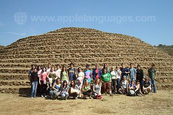 Excursie naar het nabijgelegen Maya gebied
