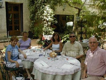 Club 50 groep tijdens de lunch