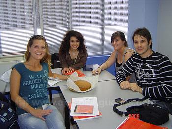 Plezier hebben in het leren van de Spaanse taal