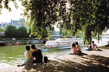 Relaxen bij de rivier