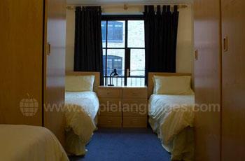 Tweepersoonskamer in gedeelde flat