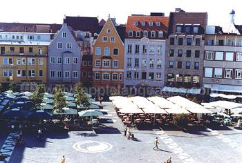Markt op het centrale plein, Ausberg