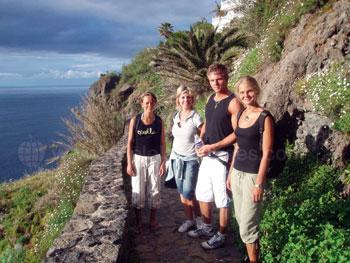 Studenten die het eiland ontdekken