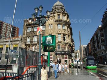 Een warme zomerse dag in Bilbao