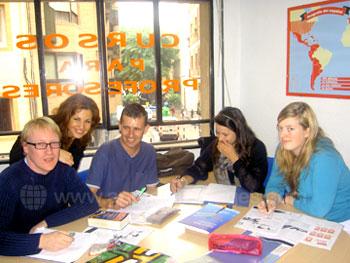 Spaanse klas met leraar