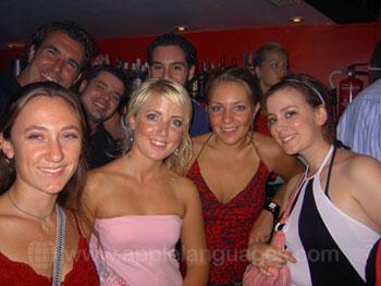 Studenten tijdens een avondje uit