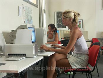 Internetcafe van onze school