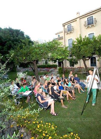 Italiaanse les in de tuin