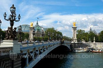 Brug over rivier de Seine