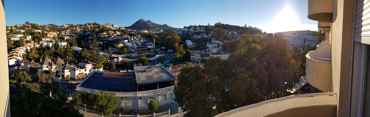 Uitzicht vanaf het balkon, Spaanse school in Malaga