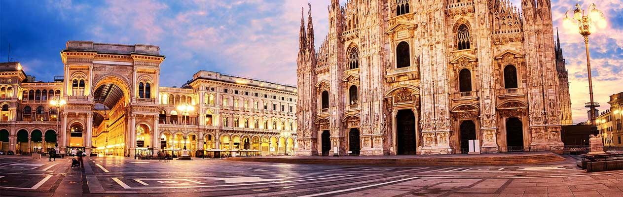 Galleria Vittorio Emanuele II overdekt winkelcentrum in Milaan, Italië