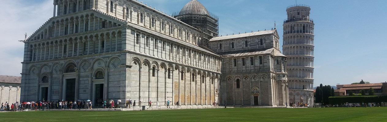 De Scheve Toren van Pisa, Italië