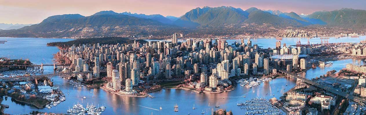 Zonsondergang boven Vancouver, Canada